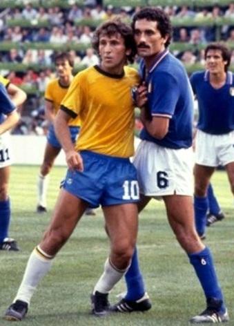 5896510cb26fc Apenas quatro jogadores estiveram em dois títulos mundiais da Itália, e só  dois deles tiveram papel ativo em ambos. Giuseppe Meazza foi o principal  deles, ...